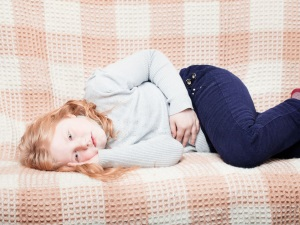 Боль в животе у ребенка при перегибе желчного пузыря