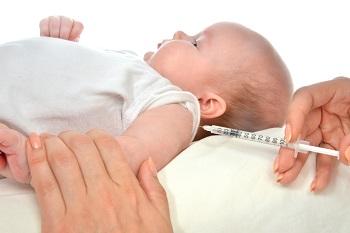Прививка новорожденному