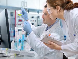 Подготовка вакцин от дифтерии в лаборатории