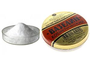Вазелин и оксид цинка в цинковой мази