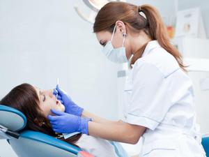 Лечение кариеса у стоматолога