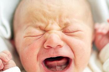Проблема короткой уздечки языка у ребенка