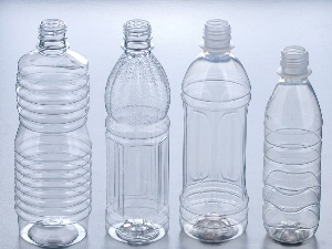 Пластиковые бутылки для сбора мочи у новорожденного