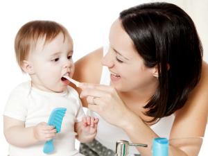 Польза массажа десен при прорезывании зубов