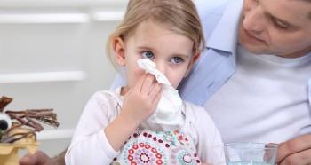 Проблема длительного насморка у ребенка