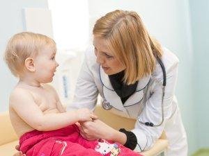 Обращение к педиатру при появлении дополнительных симптомов