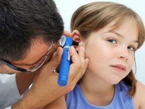 Проблема инородного тела у ребенка в ухе
