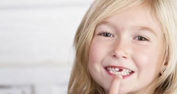 Смена зубов у ребенка