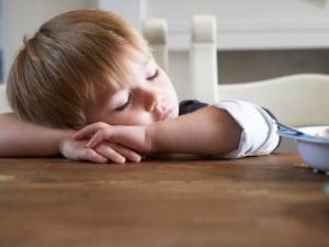 Сонливость как осложнение после прививки