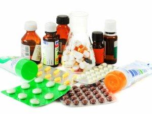 Изменение цвета кала при длительном употреблении витаминов и медикаментов